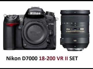 NIKON D-7000 DIGITAL SLR