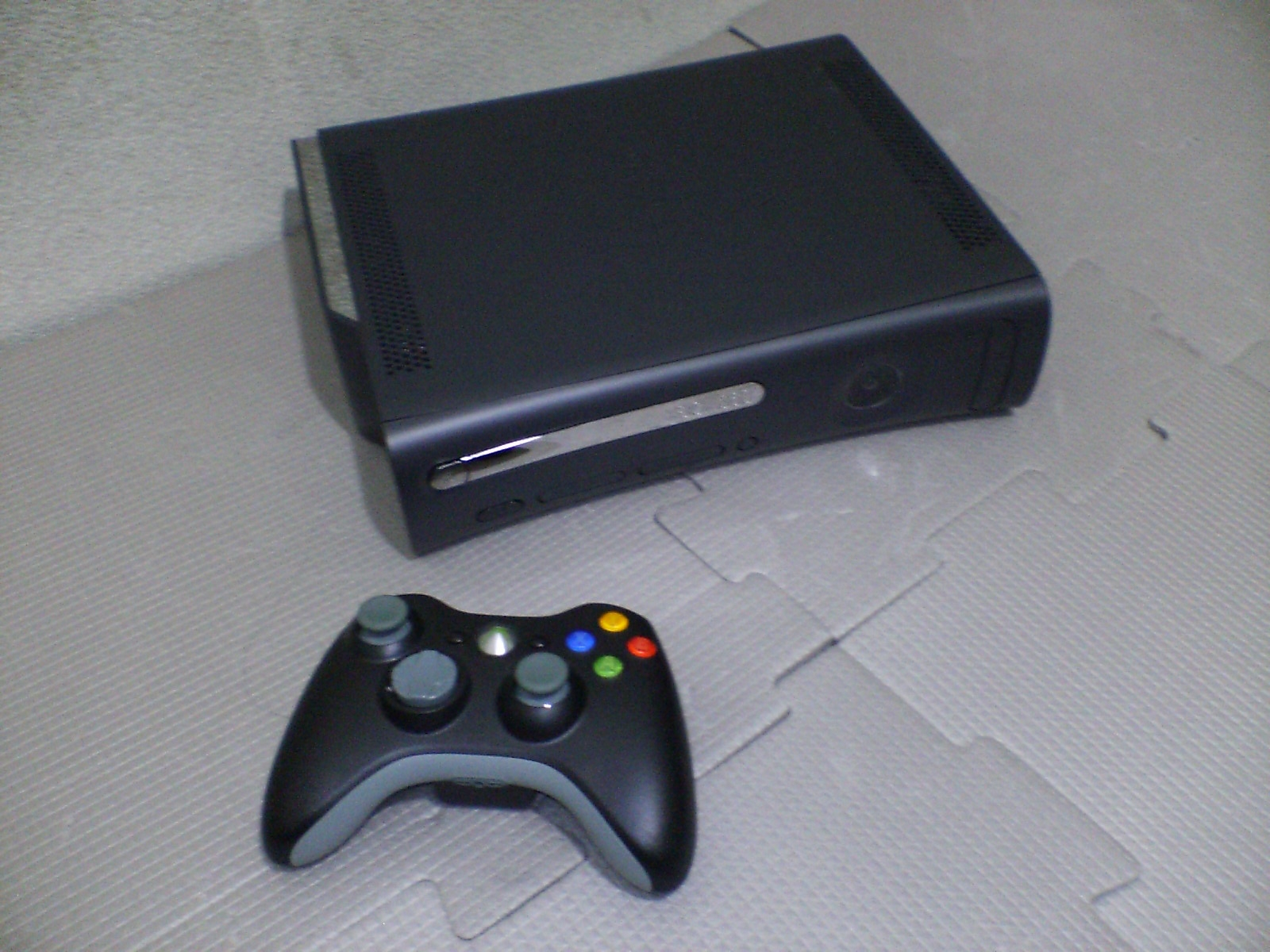 Xbox 360 elite 120gb. only 3 months used | ClickBD large image 0