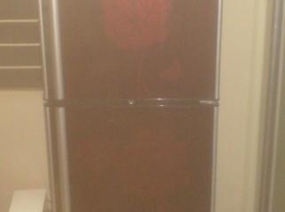 Kelvinator Refrigerator S N T. 21A1S2K