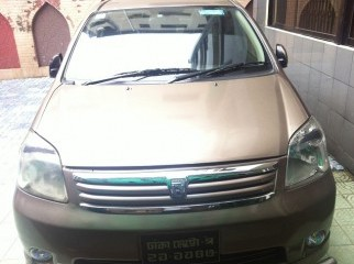 Toyota Raum 2004 very good condition See inside