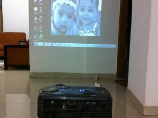 viewsonic pjd5112 dlp 3d projector with stun.