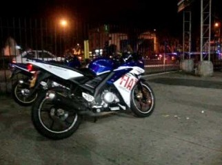 want to buy yamaha r15