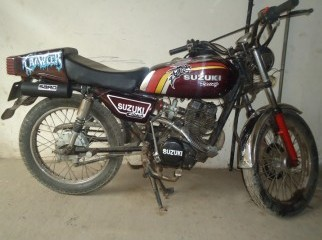 Suzuki Racer Modified Bike 125 cc Made in Japan.