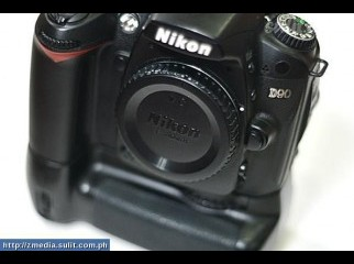 Nikon D90 with battery grip with 3 lens flash gun for sale