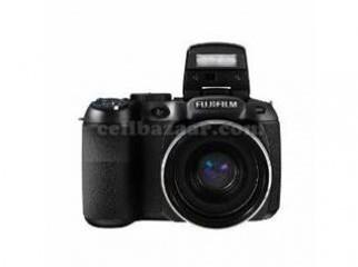 Fujifilm FinePix S2980 18x Optical High Zoom Camera