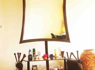 Exclusive Dressing Table